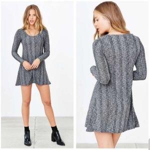 BDG Long Sleeve Camp Sweater Dress XS 88G38